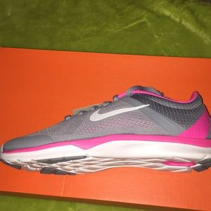 Nike Shoes - Nike in-season Tr5! New in box! Size 7.5!!